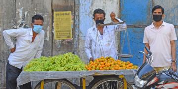 模型预测新冠疫情将导致全球贫困增加与食物危机